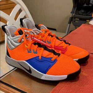 Nike PG 3 NASA size 5y brand new